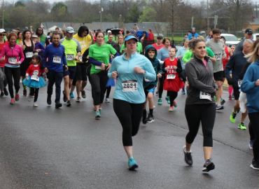 Runners in 2018 Bookin' It 5K