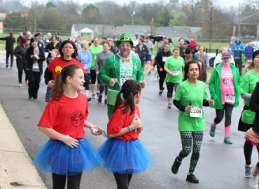 Register for the Bookin' It 5K